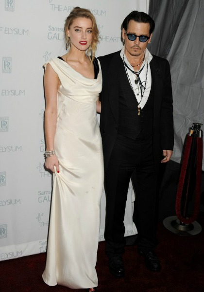 johnny-depp-and-amber-heard-red-carpet-2