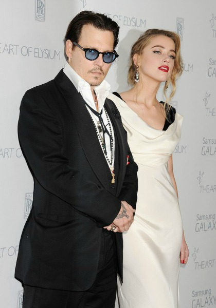 johnny-depp-and-amber-heard-red-carpet-3