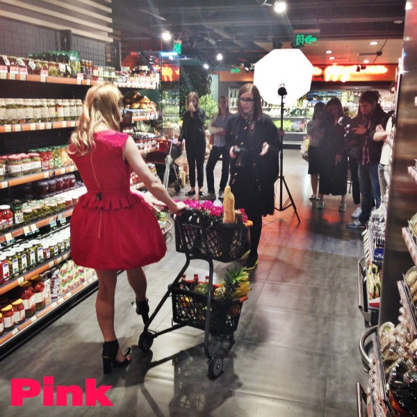 pink-cover-backstage-freimut-5