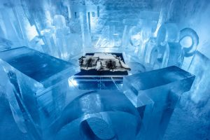 worlds-first-permanent-ice-hotel-3